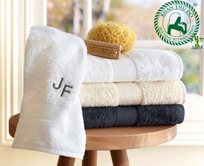Khăn bông khách sạn tại xưởng khăn Thủ Đô có rất nhiều ưu điểm và giá thành hợp lý
