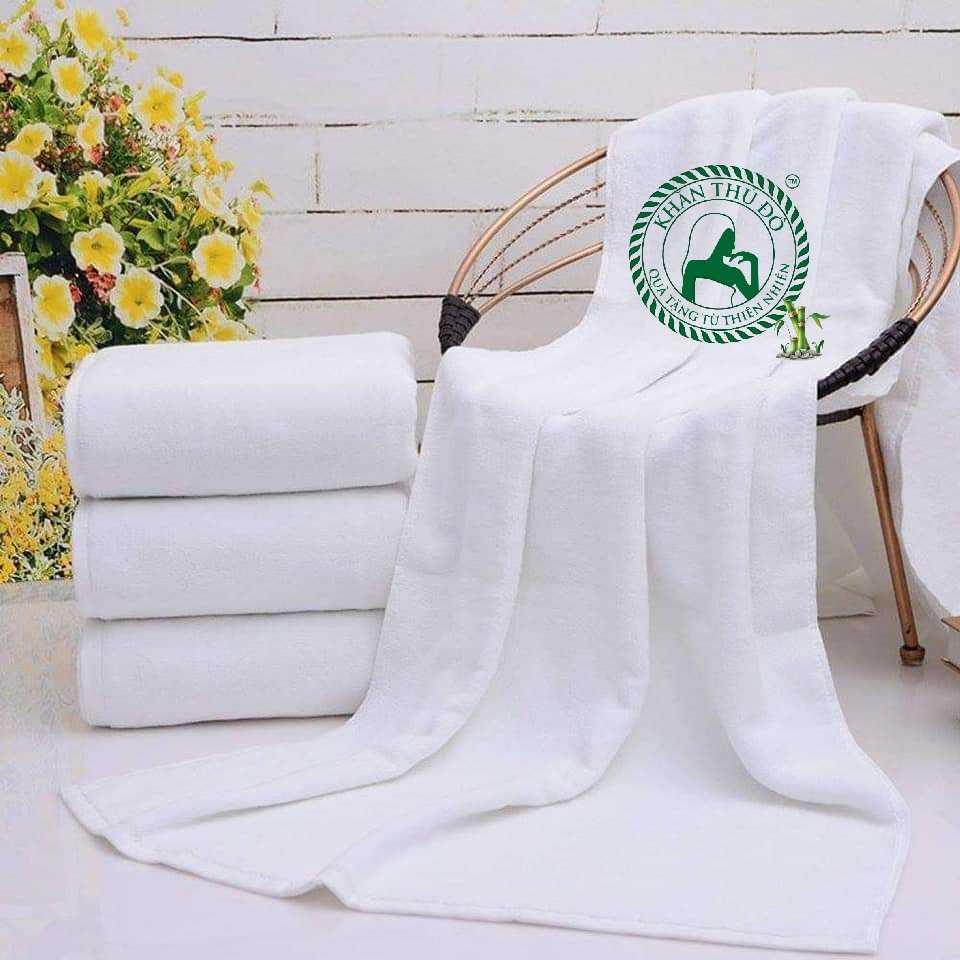 Khăn khách sạn cao cấp hiện đang được xưởng khăn Thủ Đô sản xuất và phân phối