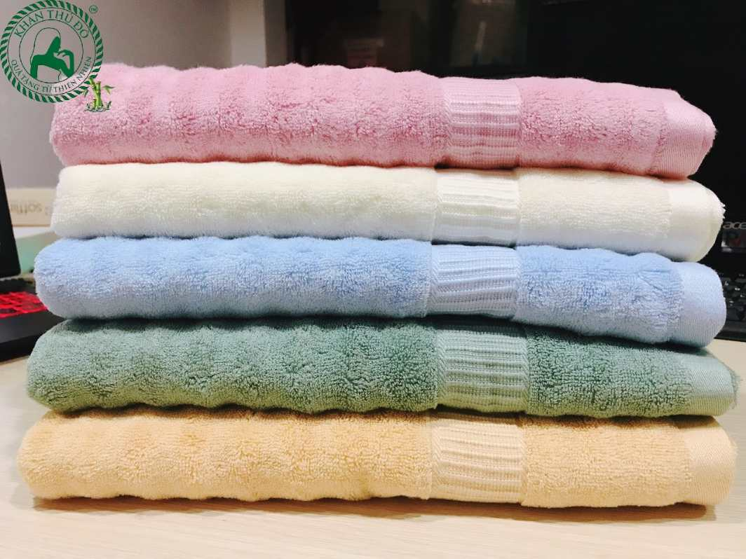 Khăn tắm sợi tre do xưởng khăn Thủ Đô sản xuất được khách hàng tin dùng