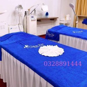 Khăn trải giường màu xanh dương